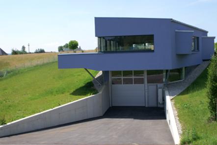Speetronics GmbH - Elektronikunternehmen in der Steiermark. Spezialist in der Entwicklung, Fertigung und Produktion von elektronischen Bauteilen wie Kühlkörper, Steckverbinder und Kunststoffgehäuse.